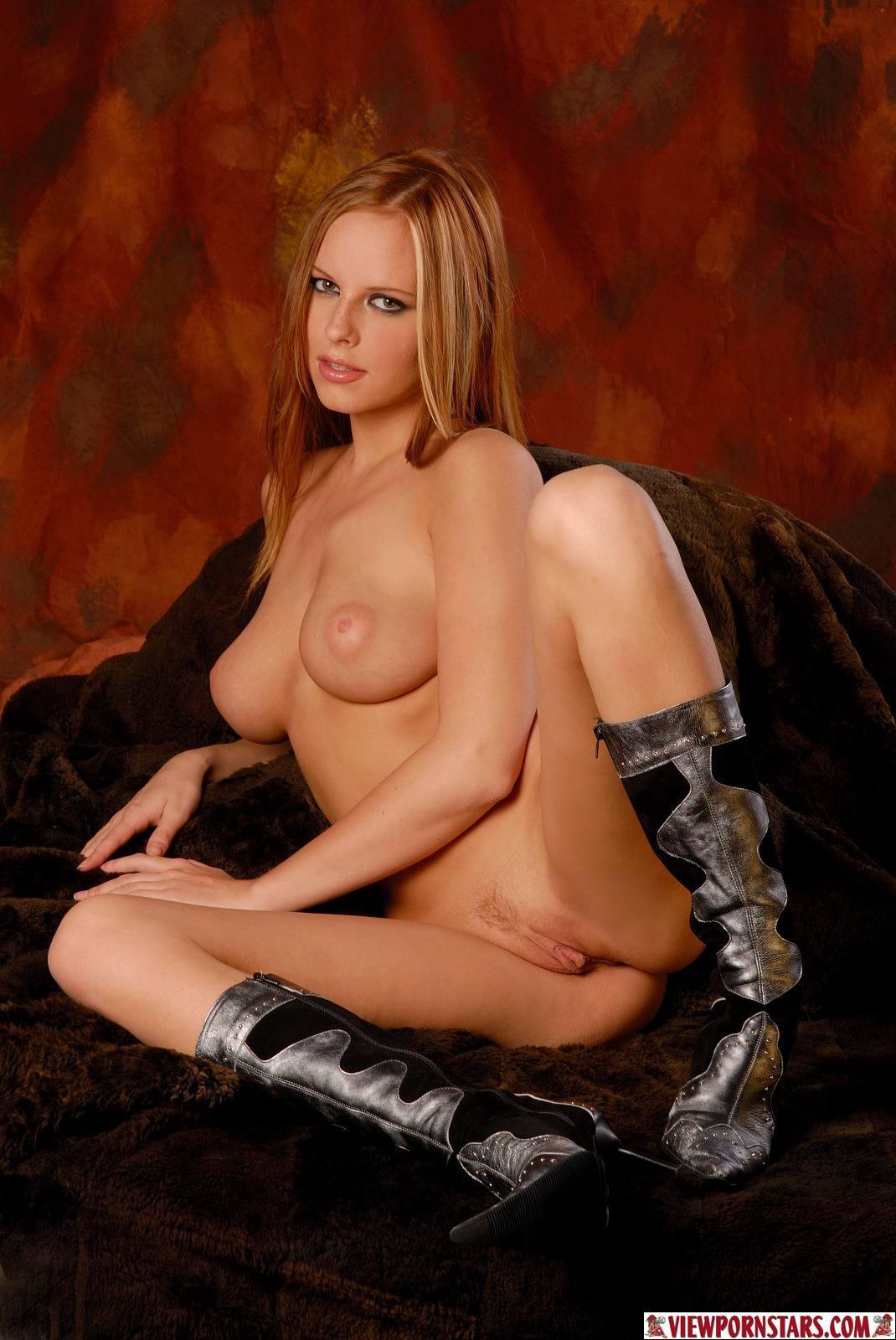 Carmen gemini nude nude model