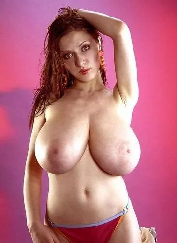 anya-big-tits